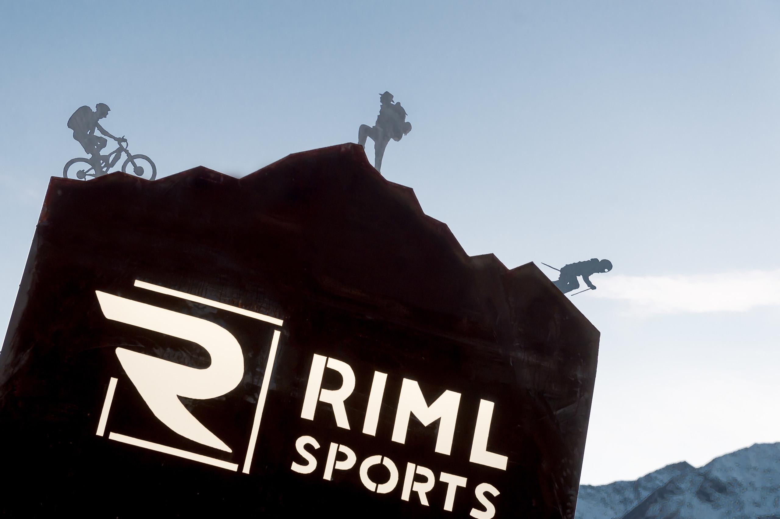 info for 1e420 c8d10 Outdoor Equipment & Fashion Shop in Längenfeld, Tyrol : Riml ...